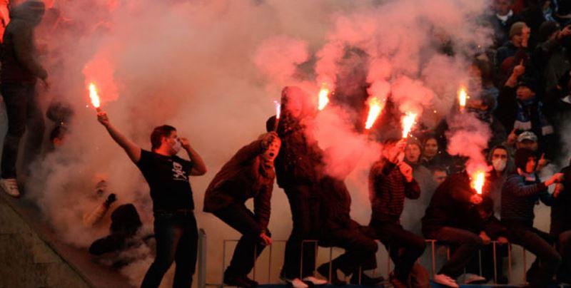 футбольные фанаты стали меньше проявлять свою агрессию