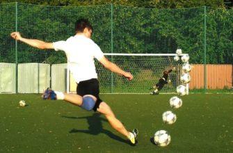 реализовать угловой удар важно уметь бить закрученный мяч