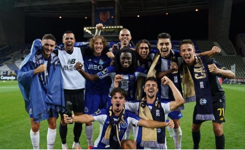 Футбольный клуб «Порту» не такой всемирно известный, однако, он смог завоевать немало трофеев