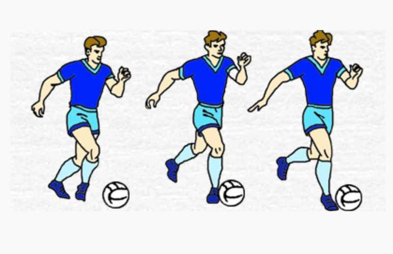 мячом и передачей его напарнику