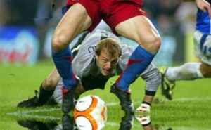 Кривые ноги у футболиста-его визитная карточка у ортопеда-травматолога
