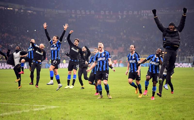 Основан как Ассоциация Футбола Неаполя