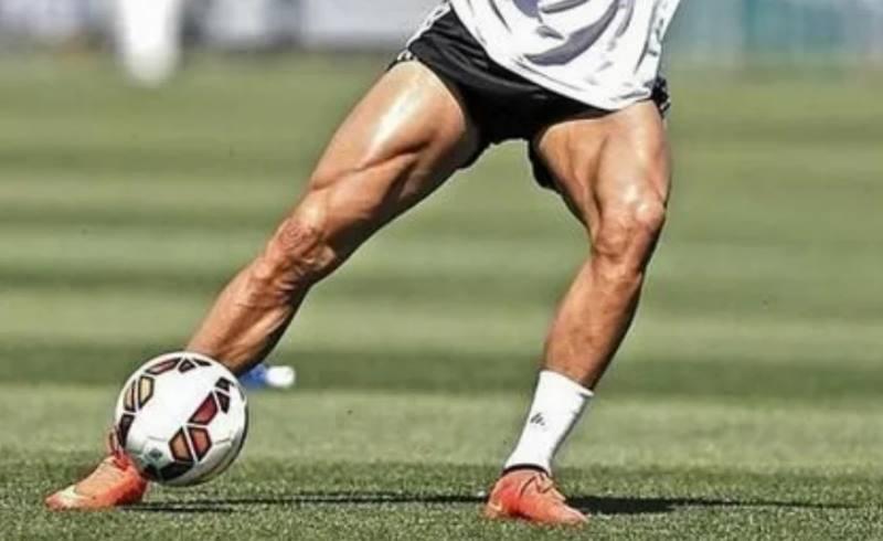 ради эстетики футболисты будут брить ноги