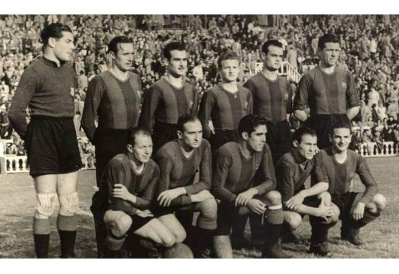 старое фото футболистов
