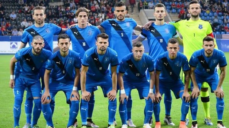 фото команды футболистов