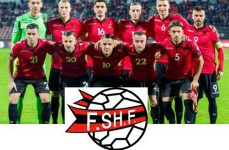 коллектив сборной и лого Албании